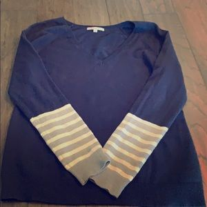 Gap Navy blue V neck sweater with a few sequins